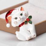 Оригинал MloveAcc Christmas Lovely Кот Форма Броши Белая эмальская брошь для животных Женское Kids Party Gifts Jewelry