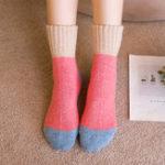Оригинал Женское Смешанное окрашивание Harajuku Style Warm Носки Шерсть Breathable Soft Чулочно-носочные изделия