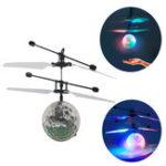 Оригинал КрасочнаяиндукционнаяподвескаCrystalBallLED Освещение Flying Wrestling Дистанционный Sensing Airplane Toy