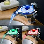 Оригинал LED Однорычажный кран Водопад Ванная комната Смеситель для раковины
