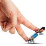 Оригинал MATEMINCO 9cm Finger Скейтборд Mini Board для Toy Boy Kids Children Gift
