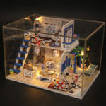 Оригинал Hoomeda M032 Blue Seasidet DIY Дом с мебелью Музыкальная обложка Миниатюрная декоративная игрушка