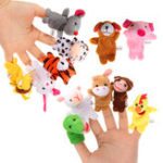 Оригинал 12PCS Animal Finger Puppets Мягкая плюшевая игрушка Китайский зодиак Soft Ткань Животное Кукла Детские игрушки