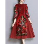 Оригинал Типографская стойка для фольклорного стиля Elegant Платье