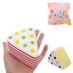 Оригинал Треугольный торт Squishy 9 * 6 * 7.6CM Медленный рост с подарком коллекции упаковки Soft Toy