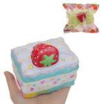 Оригинал Kiibru Клубничный мускусный торт Squishy 10 * 8 * 8.5CM Медленный рост с подарком коллекции упаковки