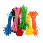 Оригинал 100pcs 3x100mm Самозакрывающиеся пластиковые кабельные зажимные петли с One цветными Nylon Кабельные стяжки