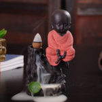 Оригинал Backflow Incense Cone Burner Holder Little Monk Buddha Rockery Home Ароматный кадиловый декор