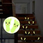 Оригинал 1параДетскиймультфильмСимпатичныемаленькие ноги с флуоресцентной улыбкой Светящиеся ленты наклейки