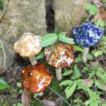 Оригинал 4Pcs Керамический Mini Mushroom Toadstool Сад Украшения для Растение Pots Fairy Сад Украшения