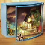 Оригинал DIY LED Кукольный домик с видом на море Миниатюрная деревянная мебель Набор Кукольный дом Рождественские подарки