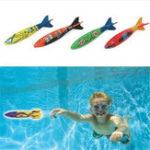 Оригинал 4 Pcs / Pack Torpedo Rocket Throwing Toy Swimming Бассейн Игры для дайвинга Торпеды Бандиты Пляжный Play Toys