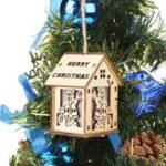 Оригинал Mini Cute Wood Hollow House Colorful Рождественская елка висит LED Ночной свет для домашнего украшения