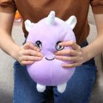 Оригинал 22cm 8.6Inches Огромный Squishimal Большой размер Фиолетовый Фаршированный Squishy Игрушка Медленная Восходящая Коллекция Home Decor