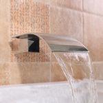 Оригинал Квадрат Серебряная ванна Водопад Вода Сливной тщеславие Настенный смеситель Tap Spa Faucet