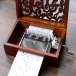Оригинал 30 Тон DIY Ручная свернутая резная музыка Коробка С отверстиями для переноски Бумажные ленты