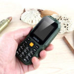 Оригинал GOFLYT3201.77дюймов1800mAhФонарик FM MP3 Внешнийаккумулятор Двойная SIM-карта Outdooors Мини-телефон