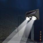 Оригинал Solar Power 2 COB LED PIR Motion Датчик Настенный светильник для На открытом воздухе Сад Pathway Fence Лампа