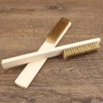 Оригинал              MYTEC Square Медь Провод Щетка с деревянной ручкой для чистки Soft Soft Многофункциональный файл для чистки опилок Щетка Derusting Инструмент
