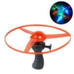 Оригинал              Красочный Светодиодный Ручка Flash Летающие игрушки На открытом воздухе Игра Веселые спиннинг DIY Набор