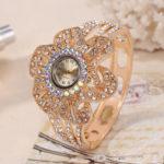Оригинал              Кварцевые часы с полым ремешком