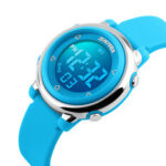 Оригинал              SKMEI 1100 Модные спортивные детские часы Дата Неделя Дисплей 7-цветный EL Light 5ATM Водонепроницаемы Детские цифровые часы