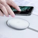Оригинал              Baseus 15 Вт Qi Беспроводное зарядное устройство Зарядное устройство для наушников с 1 м USB-C Зарядный кабель для смартфонов с поддержкой Qi Для iPho