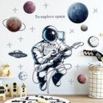 Оригинал              Космическая Тема Астронавт Стикер Стены Общежития Гостиной Декор Стены Самоклеящаяся Спальня 3d Детская Комната Украшения Home Decor