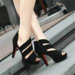 Оригинал              Женщины черный ремешок бинты выдалбливают молния Peep Toe высокий каблук Сандалии
