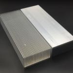 Оригинал              Алюминиевый сплав Радиатор охлаждения для высокой мощности LED IC Чип-охладитель Радиатор Радиатор 230 * 80 * 27 мм / 150 * 80 * 27 мм / 100 * 80 * 27 мм