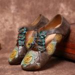 Оригинал              SOCOFY Ретро рельефное сращивание цветов с цветочным принтом на плоской подошве