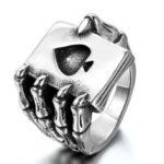 Оригинал              Панк Винтаж Покер из нержавеющей стали A кольца тенденции Eagle коготь Череп кольцо коготь игральная карта кольцо для мужчин